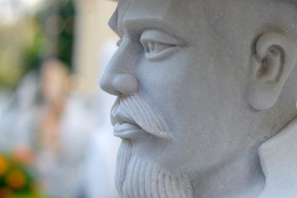 paul-tocatlian-2016-vietnam-danang-marble-beard