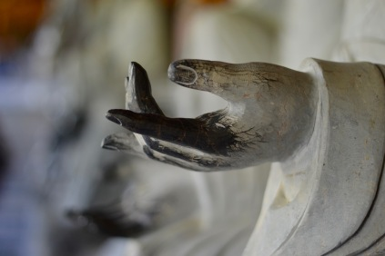 paul-tocatlian-2016-vietnam-hanoi-bai-dinh-pagoda-marble-hand