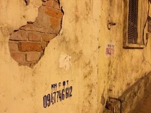 paul-tocatlian-2016-vietnam-hanoi-wall-window