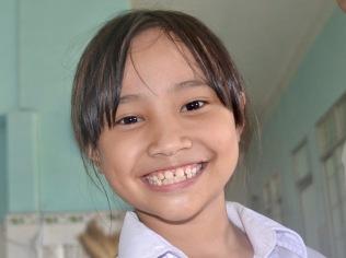 Smiles for Life, Trường Khuyết Tật Bé Thơ, Vietnam